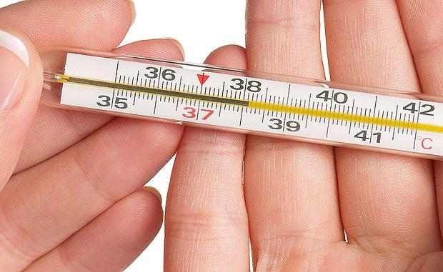 Při viróze nás obvykle postihne teplota do 38 °C