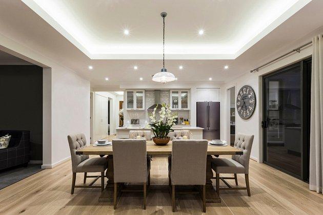 Vhodné je přímé světlo nad jídelním stolem.
