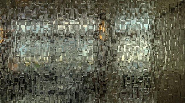Skleněná dělící stěna propustí dostatek světla.