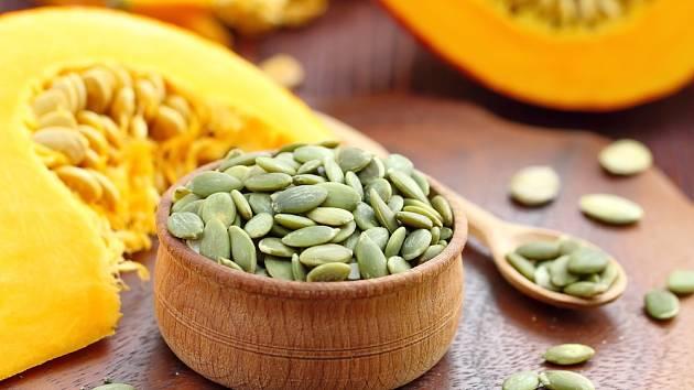 Dýňová semínka jsou zdravá a chutná.