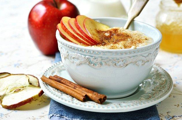 Jablečný pudink připravovaly už naše babičky.