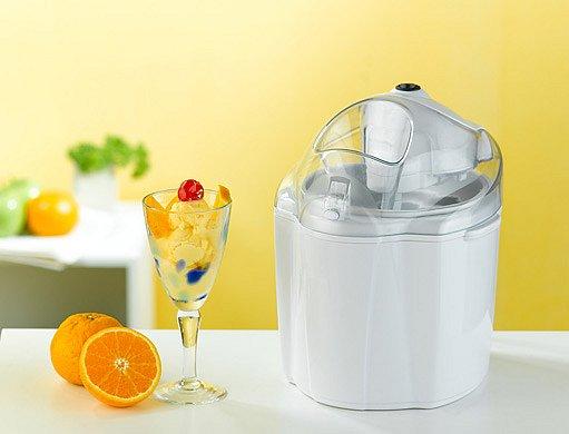 přístroj pro domácí výrobu zmrzliny