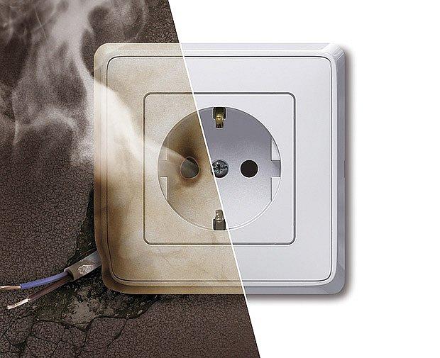 K požáru dojde velmi snadno - například od elektroinstalace.