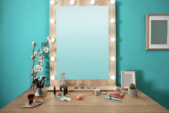 Důležité je u zrcadla také náležité osvětlení.