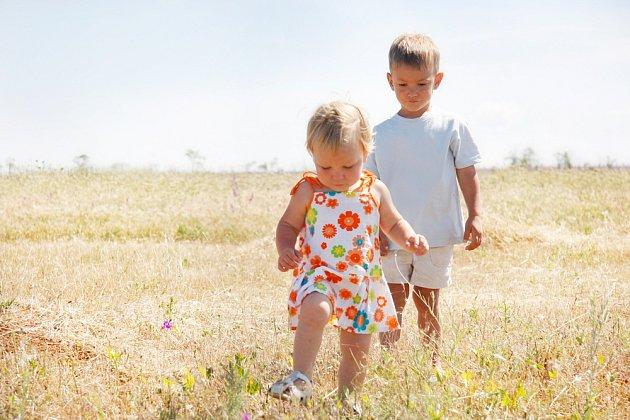 Přiměřená pohybová aktivita dětským chodidlům prospívá.