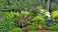 V okrasném záhonu sázíme vyšší rostliny dozadu