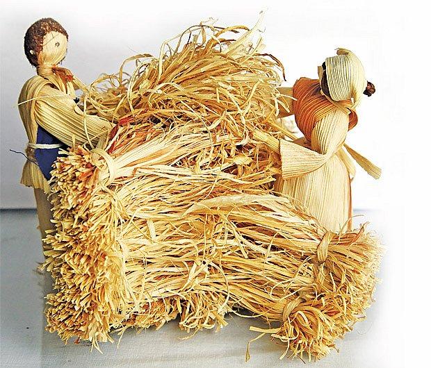figurky z kukuřičného šustí
