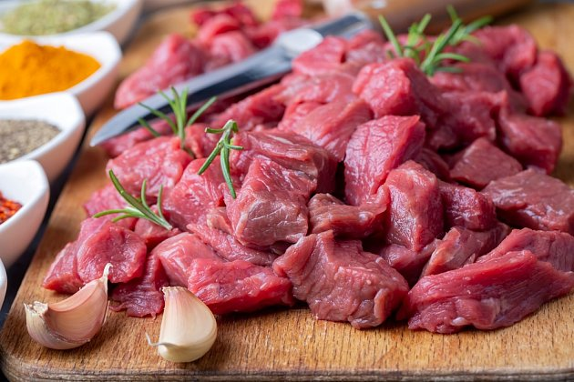 maso na guláš