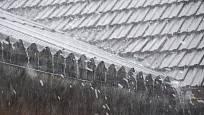 Okapy svádějí dešťovou vodu bezpečně pryč ze střechy