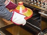 Tajine je vynikající nádoba na dlouhé pečení v troubě.