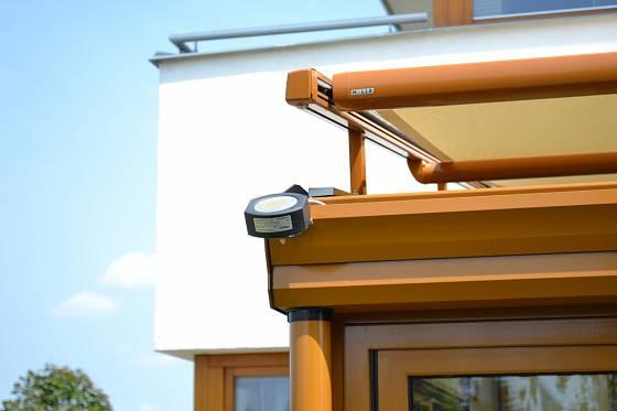 Čidlo může regulovat stínění, větrání i vytápění