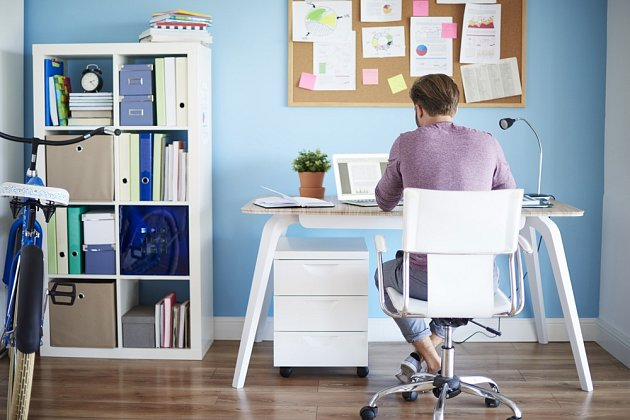 Práce z domova bývá stále častější.