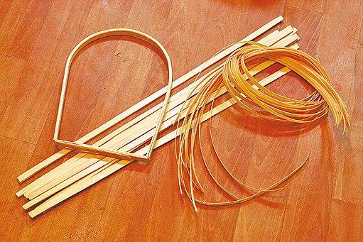 Materiál pro výrobu košíku: rám na ručku, šlajsky a loubky