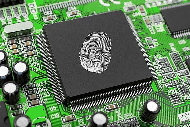 Firewall také může zabránit pokusům škodlivých programů dostat citlivá data z počítače.