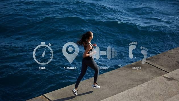 Dostatek pohybu samozřejmě napomáhá ke spalování kalorií