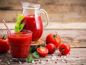 Co s vaším tělem udělá, když budete denně pít rajčatovou šťávu?