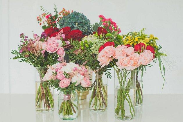 Vaše řezané kytice bude stále nádherná a svěží hlavně díky vodě ve váze.