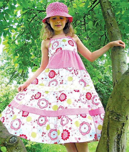 šaty na míru pro malé slečny