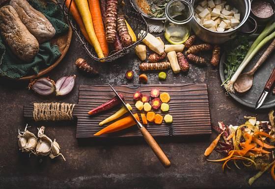 Pokrm pozvedne výš i použití různobarevné mrkve.