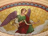 Mozaika anděla: toto téma nás duchovně provází od nepaměti
