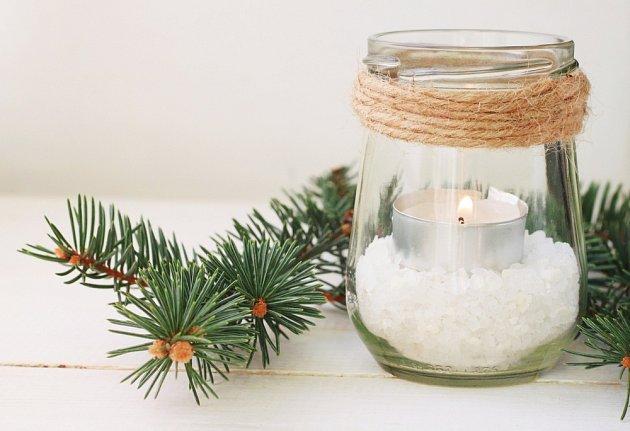 Jednoduchý zimní svícen