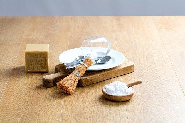 Na domácí saponát potřebujete v prní řadě mýdlo a sodu