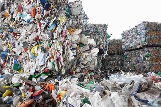 Plastového odpadu je obrovské množství