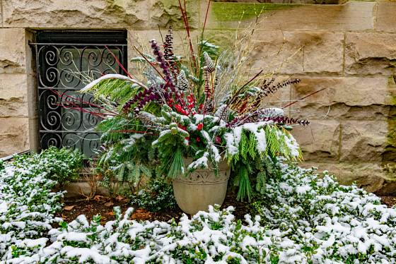 A když dekoraci alespoň trochu popráší čerstvý sníh, je o to krásnější.
