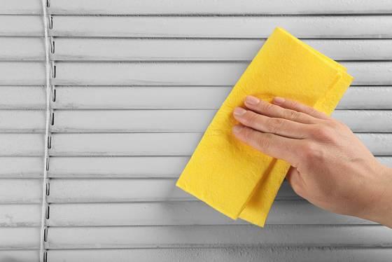 Sklopené žaluzie vyčistíte rychle