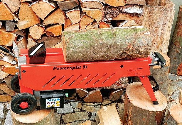 Motorové pily a štípače dřeva