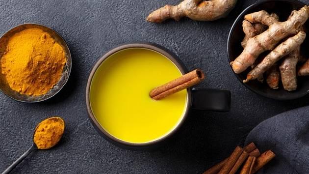 Kurkumové mléko, prastarý nápoj, který léčí bolesti kloubů i zničená střeva