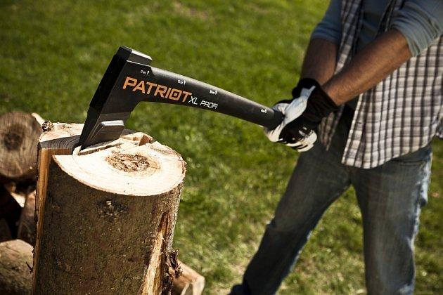 Sekera PATRIOT XL o délce 730 mm patří mezi špičku na našem trhu.