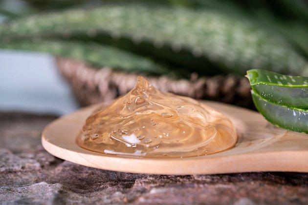 Hydratační a hojivý aloe vera gel