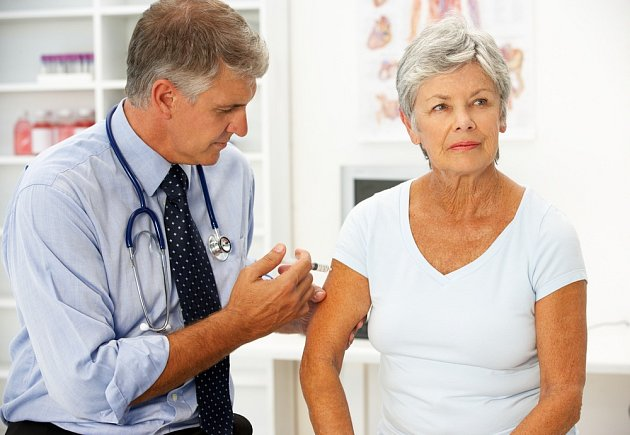 Injekce na zmírnění bolesti.