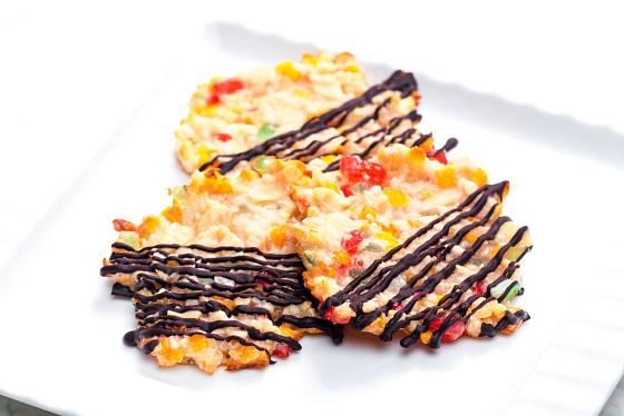 Kandované ovoce, ořechy a čokoláda - to jsou marokánky.