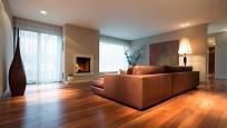 V dřevěných dekorech podlah je opravdu pestrý výběr.