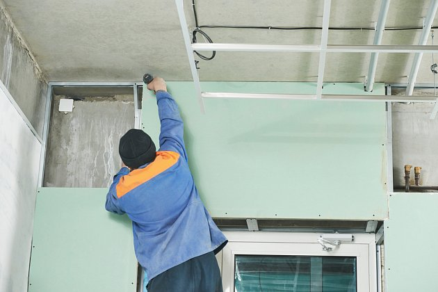 Sádrokarton je skvělý pomocník při domovních rekonstrukcích.