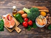 Výživa, která podpoří zdraví mozku: ryby, ořechy, zelenina