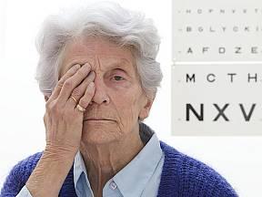 Ve věkové skupině nad 75 let trpí šedým zákalem až 91 % populace.
