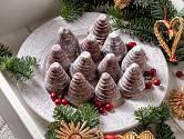 Včelí úly patří mezi nejoblíbenější druhy vánočního cukroví.