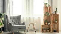Také obývací pokoj poskytne prostor pro využití bedýnek v interiéru.
