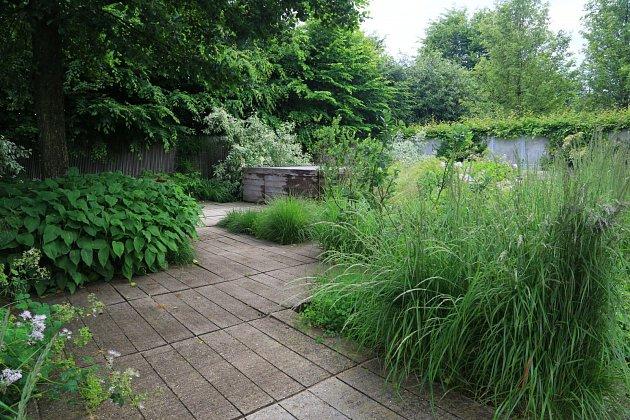 stinná zahrada