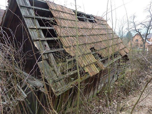 Nebojte se rekonstrukce staré ruiny, i taková stavba může ještě dobře sloužit svému účelu.