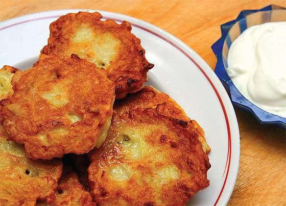 bramboráky se sýrem
