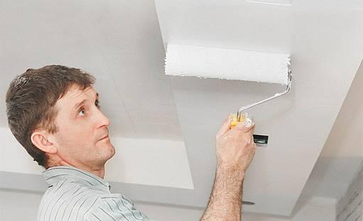 jako první vždy malujeme strop