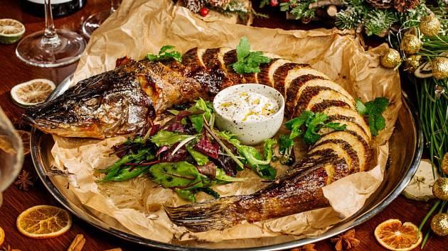 Pečená štika, pokrm hodný sváteční hostiny