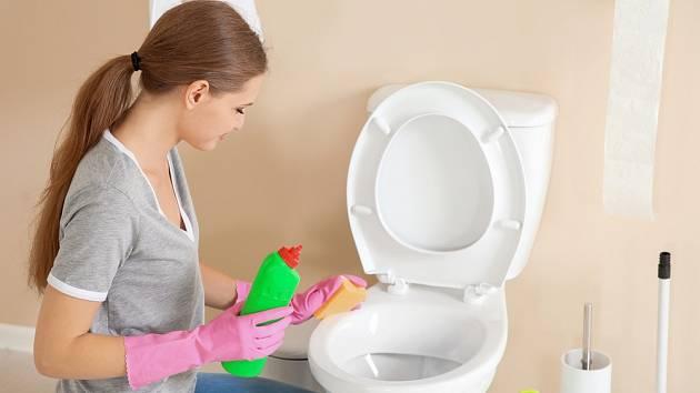 Čištění toalety si můžeme výrazně zjednodušit