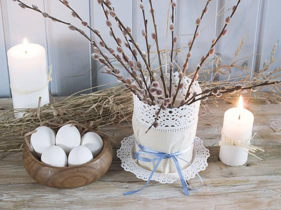 Velikonoční dekorace v rustikálním stylu