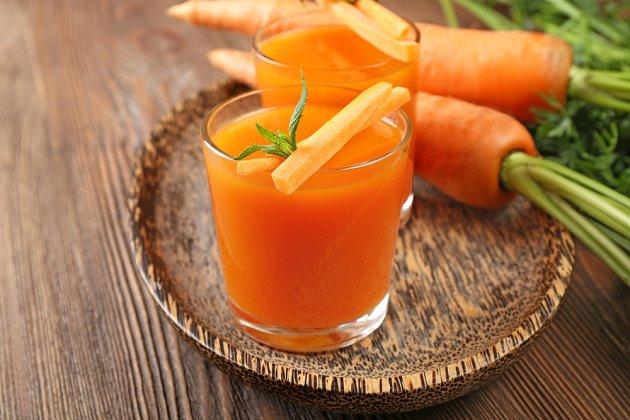 Blahodárné účinky na zdraví má i mrkvová šťáva.