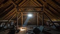 Tohle by mohl být první pohled do vašeho budoucího bydlení. Sedlová střecha je naštěstí výhodou.